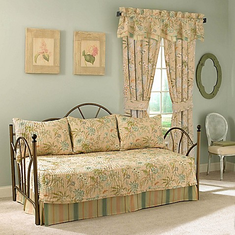 Waverly 174 Cape Reversible Daybed Set In Coral Bed Bath