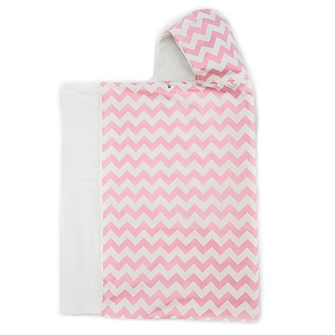 Bella Bundles™ Snap Hooded Towel in Pink Chevron