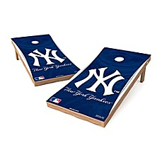 image of MLB New York Yankees Regulation Cornhole Set