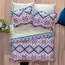 Image Of Aéropostale Kaleidoscope Reversible Comforter Set In Pink/Blue