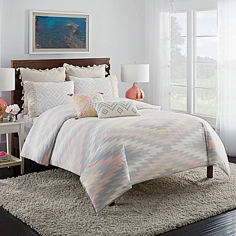 Cupcakes And Cashmere Kilim Duvet Cover In White Grey