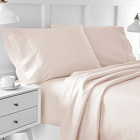 buy under the canopy urban edgelands 200 thread count organic queen sheet set in pink from bed. Black Bedroom Furniture Sets. Home Design Ideas