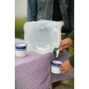 2.5-Gallon Expandable Water Carrier image 2