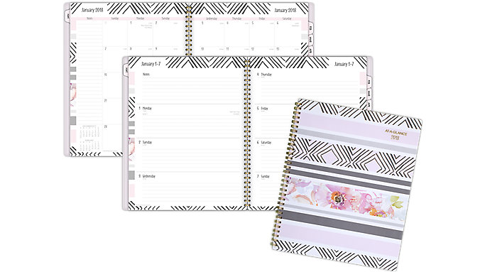 AT-A-GLANCE Kathy Davis Weekly-Monthly Planner  (1035P-905)