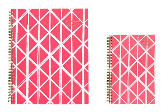 AT-A-GLANCE Coral Diamond Pattern Planner