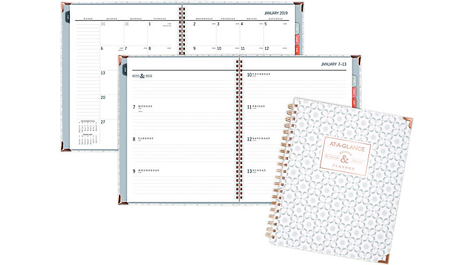 AT-A-GLANCE Badge Weekly-Monthly Hardcover Planner  (6148-905)