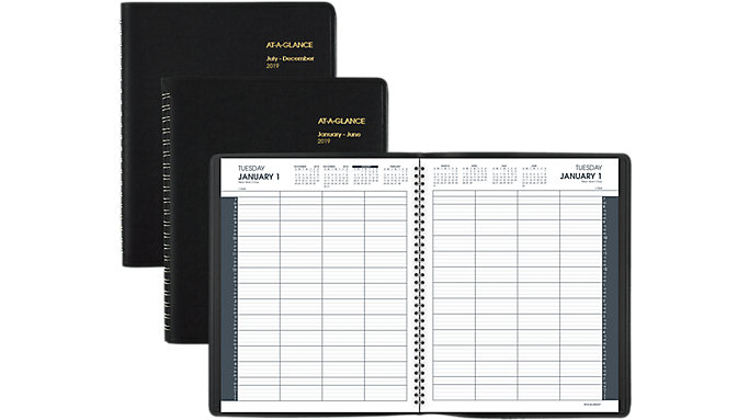 AT-A-GLANCE Daily Eight-Person Appointment Book  (70212)
