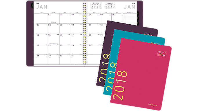 AT-A-GLANCE Fashion Monthly Planner  (70250X)