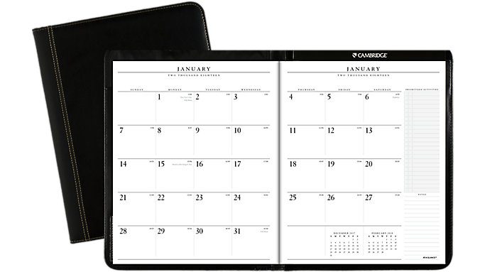 AT-A-GLANCE Executive Monthly Padfolio  (70290)