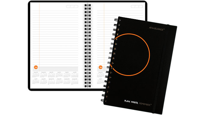 AT-A-GLANCE PLAN. WRITE. REMEMBER. Planning Notebook with Reference Calendars  (706210)
