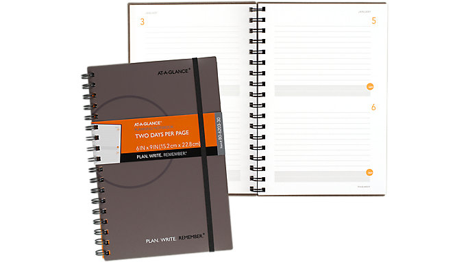 AT-A-GLANCE 2-Days-Per-Page Planning Notebook  (806203)