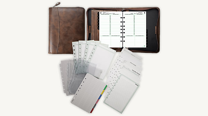 Day-Timer 1-Page-Per-Day Distressed Leather Planner Set Desk Size (9126)
