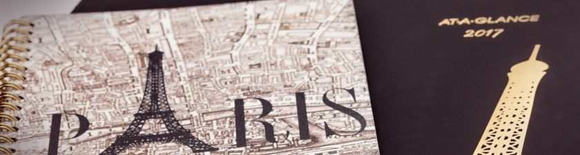 AT-A-GLANCE Paris Planner