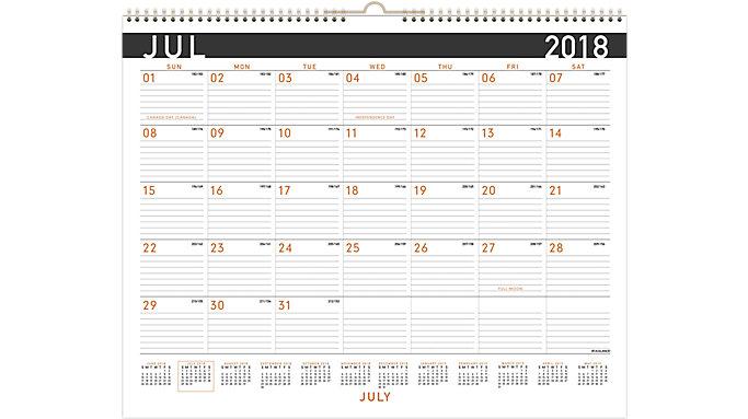 AT-A-GLANCE Contempo Academic Medium Wall Calendar  (AY8X)