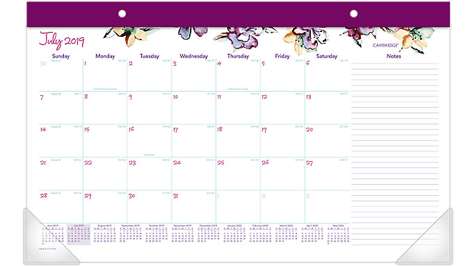 AT-A-GLANCE June Academic Compact Monthly Desk Pad  (D1012-705A)