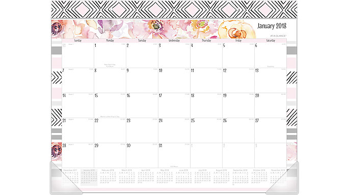 AT-A-GLANCE Kathy Davis Monthly Desk Pad  (D1035-704)