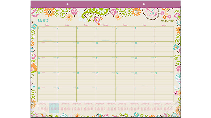AT-A-GLANCE Garden Party Academic Desk Pad  (D150-704A)