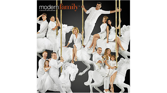 Day Dream Modern Family Wall Calendar  (DDW184)