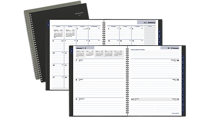 AT-A-GLANCE Traditional Weekly-Monthly Executive Planner  (GC545)
