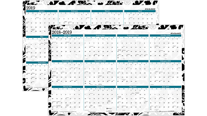 AT-A-GLANCE Madrid 2-Sided Academic-Regular Year Erasable Wall Calendar  (PM93-550S)