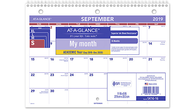 AT-A-GLANCE Academic Plan-A-Month Wall Calendar  (SK16)
