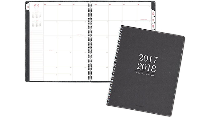 AT-A-GLANCE Collection Academic Monthly Planner  (YP107A)