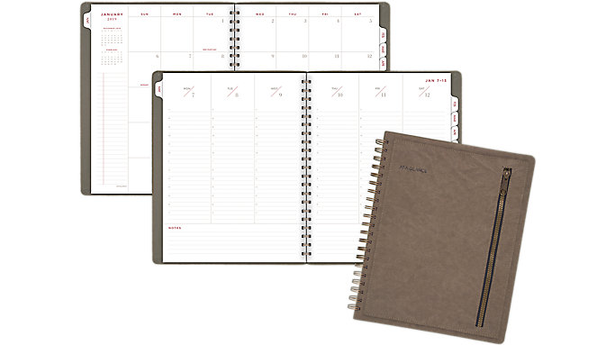 AT-A-GLANCE Signature Collection Weekly-Monthly Planner  (YP605)