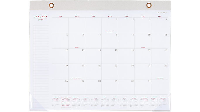 Signature Collection Monthly Desk Pad Yp704 At A Glance
