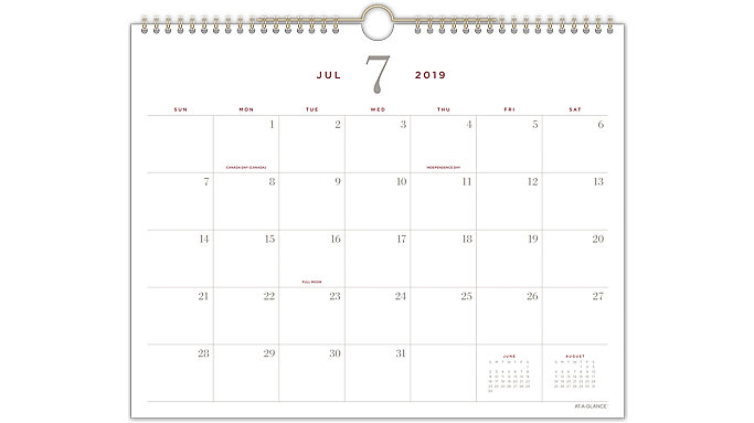AT-A-GLANCE Signature Collection Academic Monthly Wall Calendar  (YP707A)