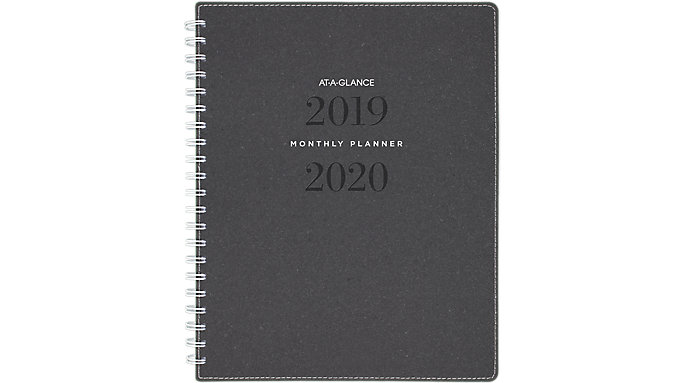 AT-A-GLANCE Signature Collection Academic Monthly Planner  (YP900A)