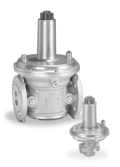 Pressure regulators for gas