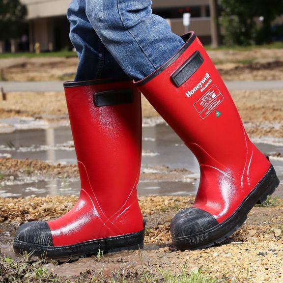 sps-his-electrigrip-boots-mud-walking