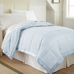 Pacific Coast Textiles Down Alternative Blanket