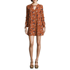 City Triangle Long Sleeve Floral Shift Dress-Juniors