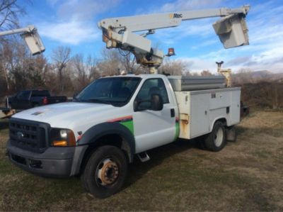 altec telescopic non insulated bucket truck mounted behind cab on rh jjkane com Altec AT200A altec at200 service manual