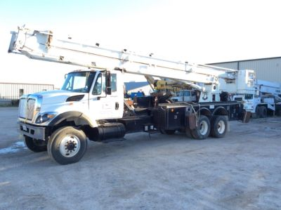 Snorkel 75SFFAAL Non-Insulated Bucket Truck On 2010