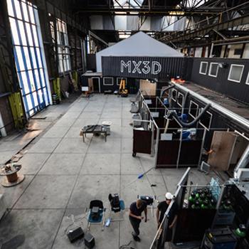 Die 3D-Druckwerkstatt und Entwicklungseinrichtung von MX3D