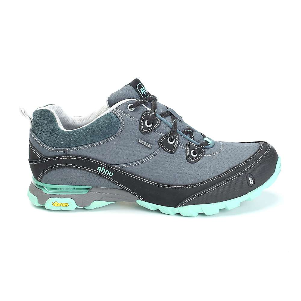 Hiking Shoes Reviews