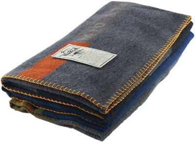 Woolrich Mid State Trail Jacquard Blanket