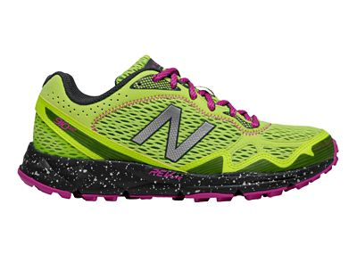 New Balance Women's 910 v2 Shoe