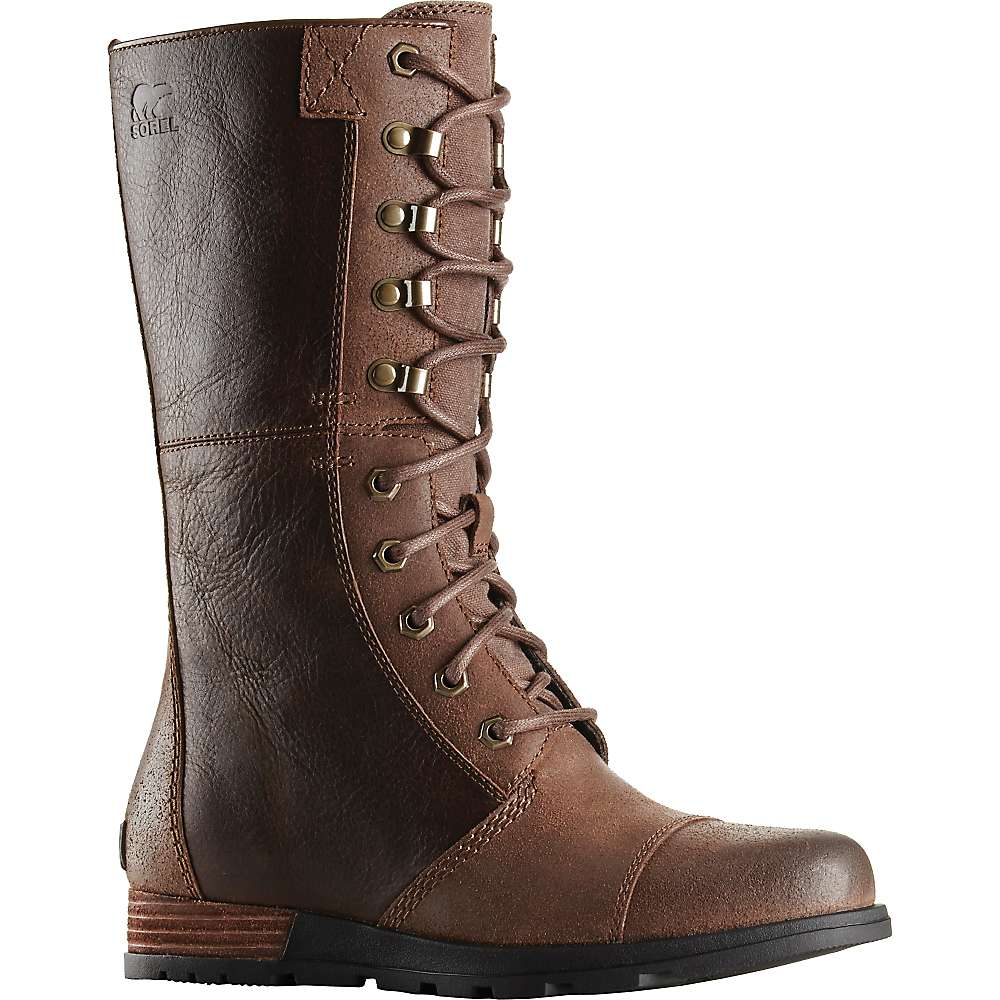 SOREL women's boots come in bold, flattering, rugged, and stylish looks. Make a statement while wearing the right boots in any setting.