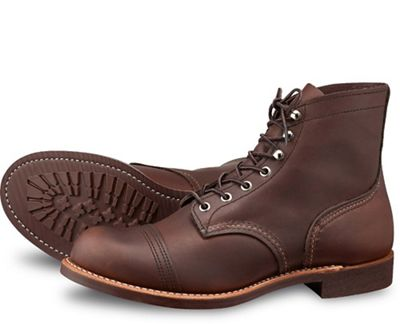 Red Wing Heritage Men's 8111 6-Inch Iron Ranger Boot