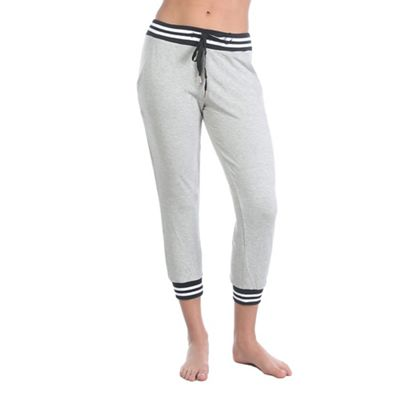 Beyond Yoga Women's Varsity Cropped Sweatpant