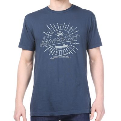 Moosejaw Men's Smoke on the Water Classic Regs SS Tee