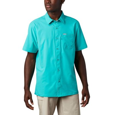 Columbia Men's Slack Tide Camp Shirt