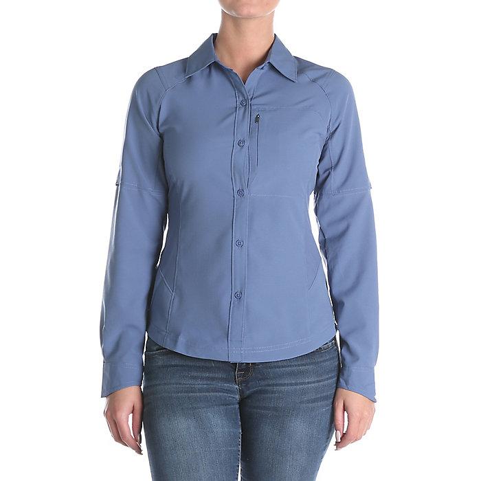 0a895c5ddc1 Columbia Women's Silver Ridge Long Sleeve Shirt. Double tap to zoom