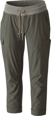 Columbia Women's Pilsner Peak Pull-On Cargo Capri