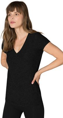 Beyond Yoga Women's Featherweight V-Neck Fitted Tee