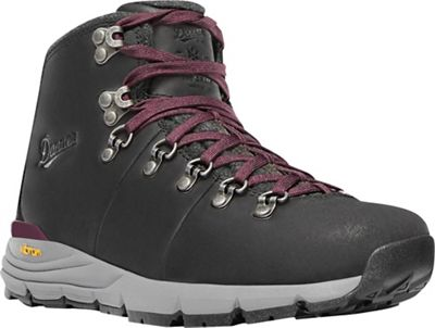 Danner Women's Mountain 600 200G Insulated 4.5IN Boot