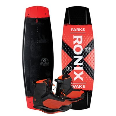 Ronix Parks 139 Wakeboard - Parks Boot Package